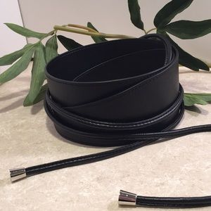Accessories - Thick wide Black wrap belt with silver tassels
